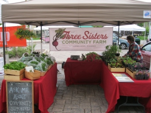 Three Sisters Community Farm at the farmers' market